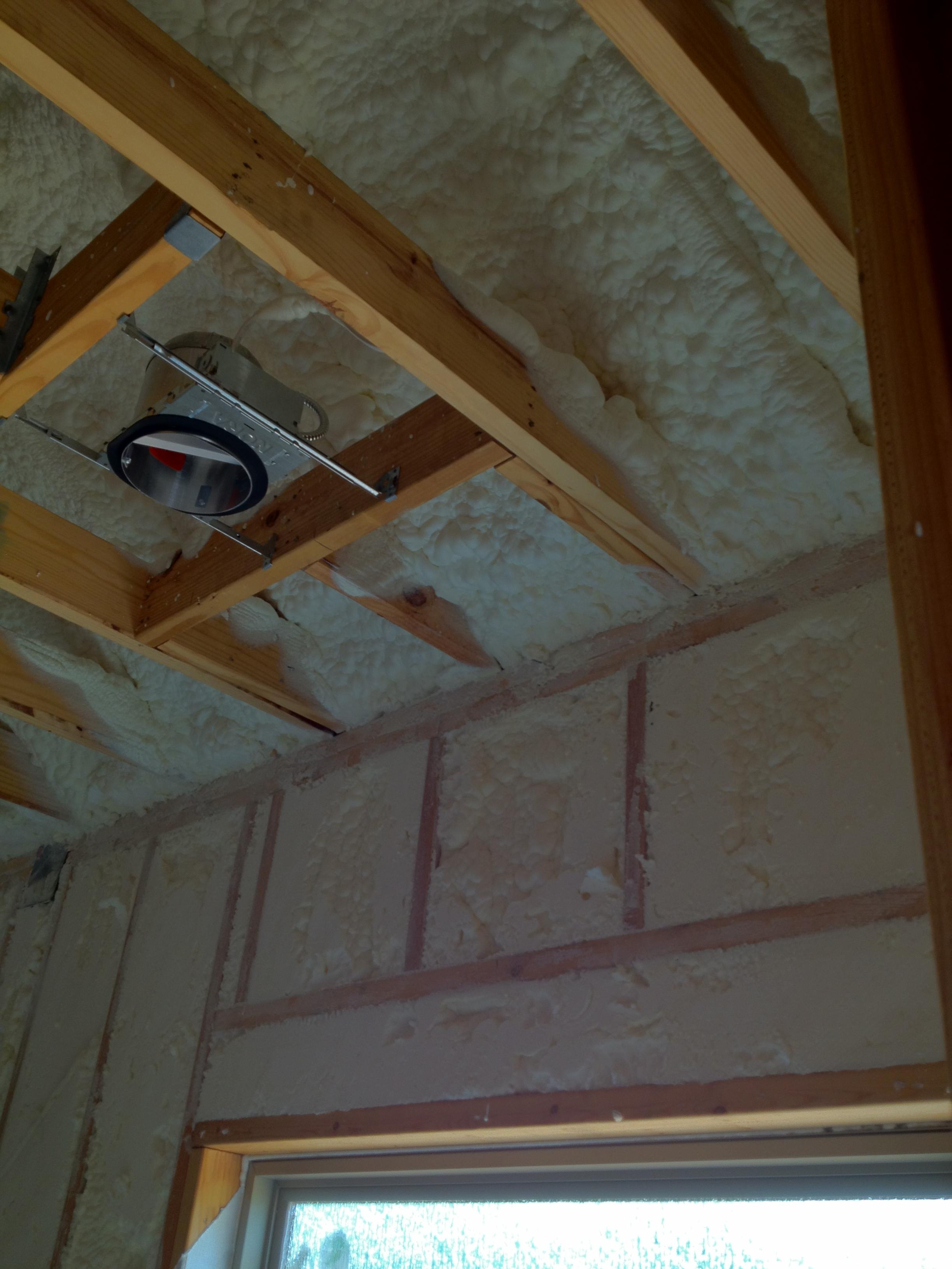 Spray Foam Insulation Vs Blown In Insulation 183 Steed