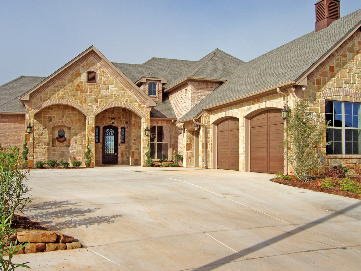 Harbor Lakes Custom Homes